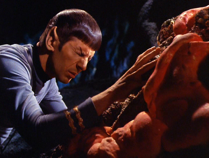 spock_and_horta_mind_meld-2