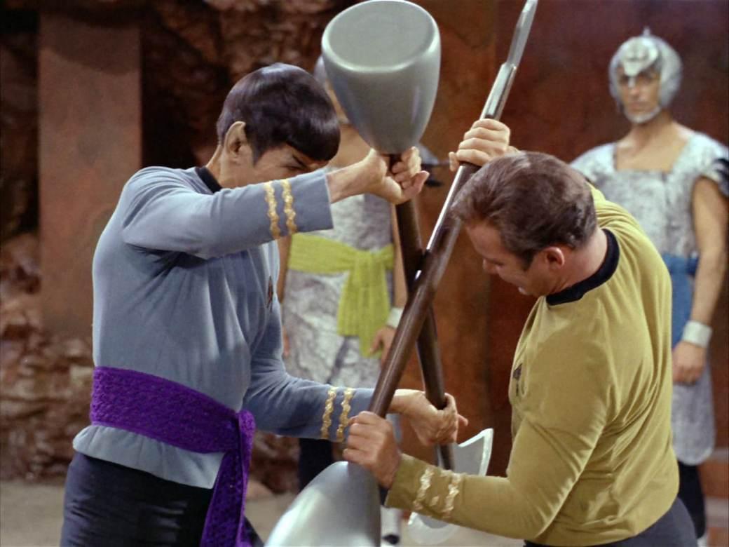 Amok-Time-Kirk-vs-Spock
